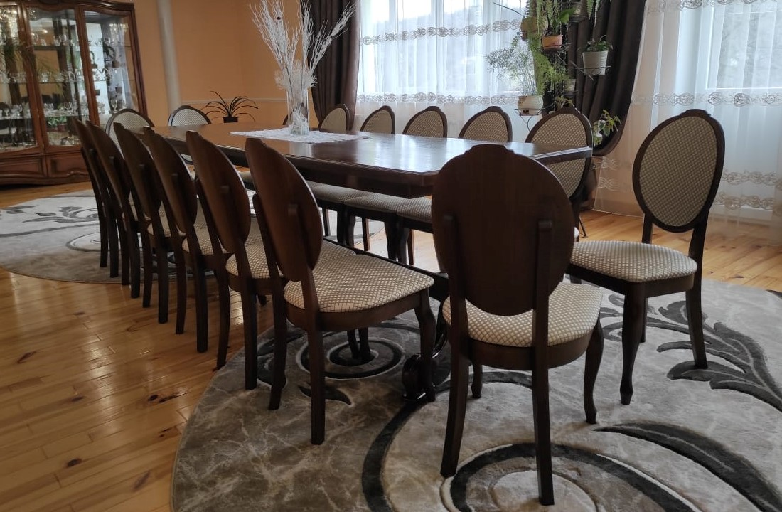 Виробництво стільців